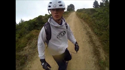 Floating camera - downhill mountainboarding.