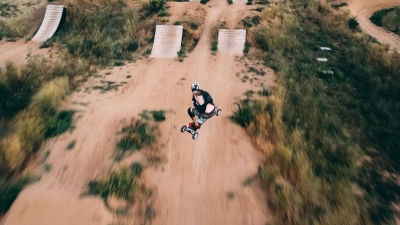 Mountainboarding & Drones
