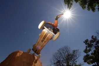 Assef Ribeiro holding the sun